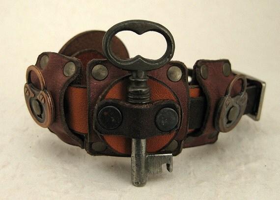 086 Nordic Steampunk Skeleton Key Bracelet By Shabbyluxury