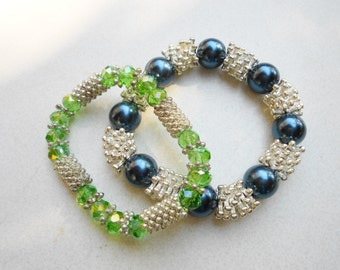 vintage stretch bracelets snowflake beads glass and acrylic, Pick your color early 1980s vintage jewelry silver metal