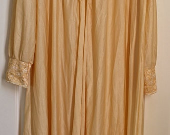 SALE!!! Vintage Champagne Night Gown