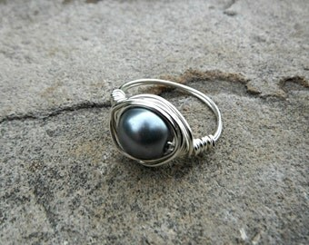 Gray Pearl Ring, Wire Wrapped Ring, Silver Ring, Pearl Wire Wrapped Ring, Wire Wrapped Jewelry Handmade, Gray Ring