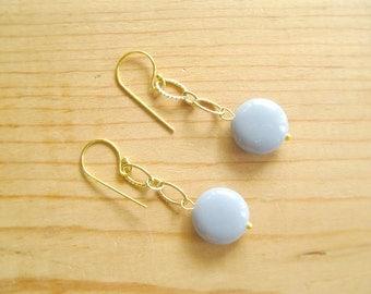 Grey drop earrings. Grey earrings with textured Gold links