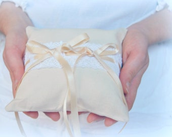 Ecru rustic chic wedding ring cushion in calico cotton with white lace and satin ribbons