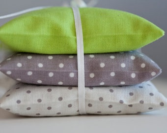 Lavender sachet grey with white dots - Polka dot sachet - Herb sachet cotton - Aroma sachet  - Favor - Lavender bag - Gift sachet - Organic