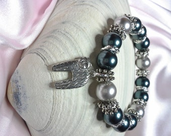 Grey and Tahitian Pearls with Cute Pewter Kitty Charm Stretch Bracelet embellished with crystals from Swarovski®