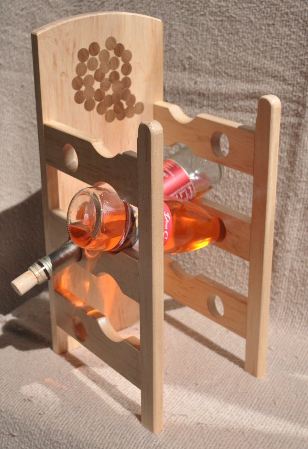 maple wood 6 bottle wine rack with walnut inlays