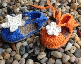 Crochet Pattern * Baby Espadrilles with Starfish or Flower * Instant Download Pattern # 429 *double sole * + a gift