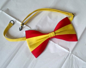 Spain Spanish flag bowtie dupioni silk patiotic national bow tie
