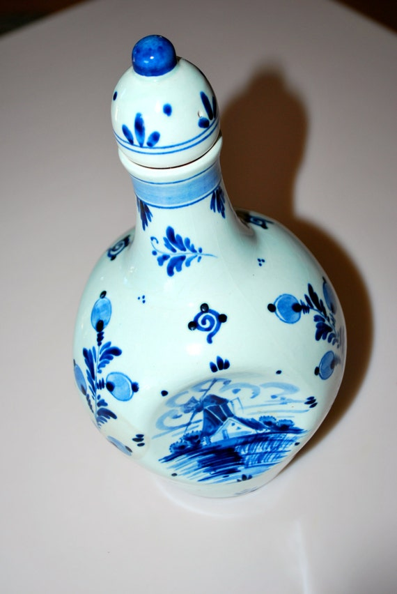 Hand Painted Blue Delft Hoppe Distilleries Amsterdam Holland