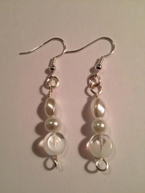 Silver plated earrings with pearl and clear/translucent beads