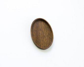 Artisan quality hardwood bezel tray - Walnut - 28x46 mm - (C4-W)