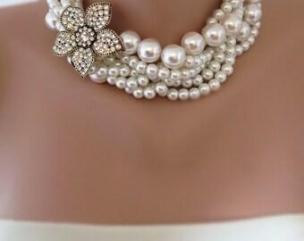 Bridal Pearl Statement Necklace - Wedding Jewelry - Rhinestone and Pearl Necklace, rhinestone brooch,brooch necklace,rhinestone and pearl