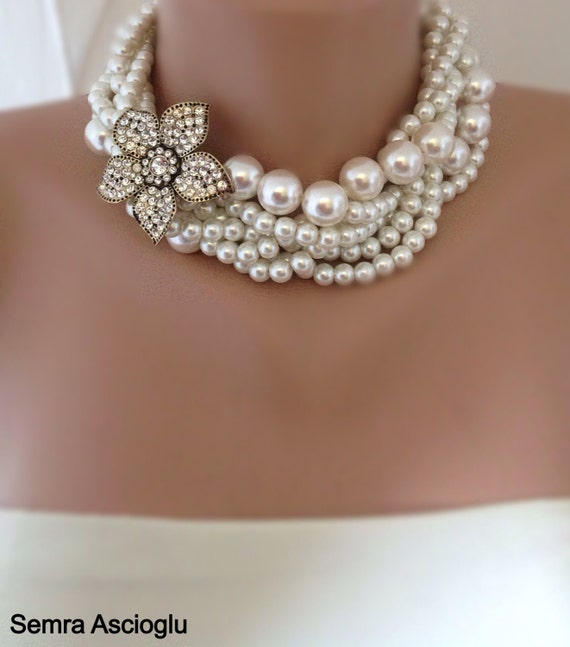 Bridal Pearl Statement Necklace - Wedding Jewelry - Rhinestone and Pearl Necklace, rhinestone brooch,brooch necklace,rhinestone and pearl