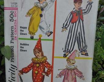 Simplicity 6198 - Kids' / Tweens' Clown Costumes - Great Vintage 1960s Pattern - Halloween - Size Child Large. Adult Small
