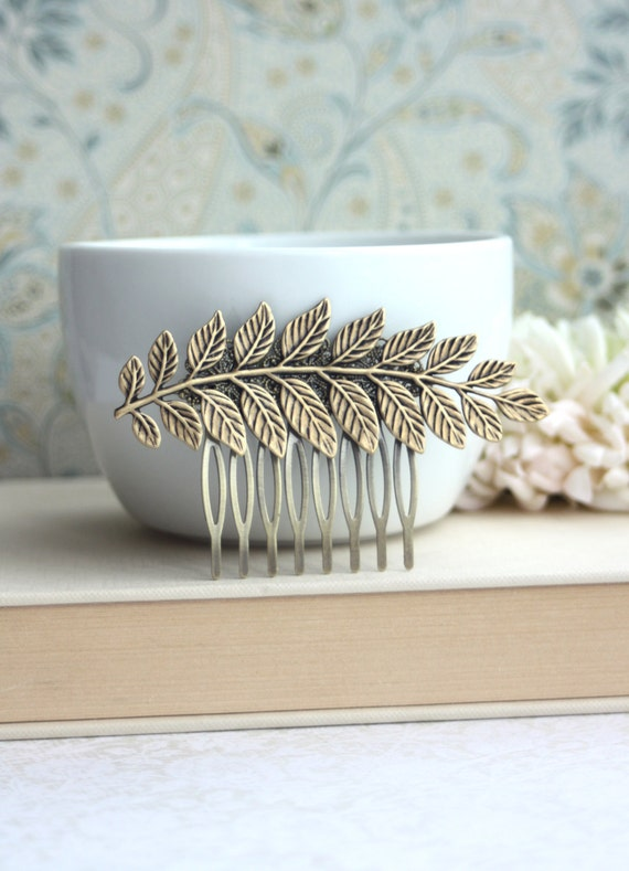 Large Leaf Comb. Antiqued Brass Leaf, Vintage Style Comb, Greek Leaf Branch Statement Comb. Wedding Hair Accessory, Bridesmaid Jewelry Comb