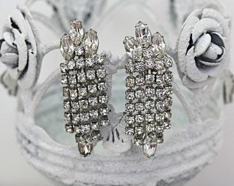 Vintage 50s Weiss Earrings Sparkling Rhinestone Dangle w Clip Backs