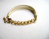 Simple Everyday bracelet - Ivory gold bracelet - Ivory faux leather and gold chain bracelet- modern urban jewelry - vegan bracelet