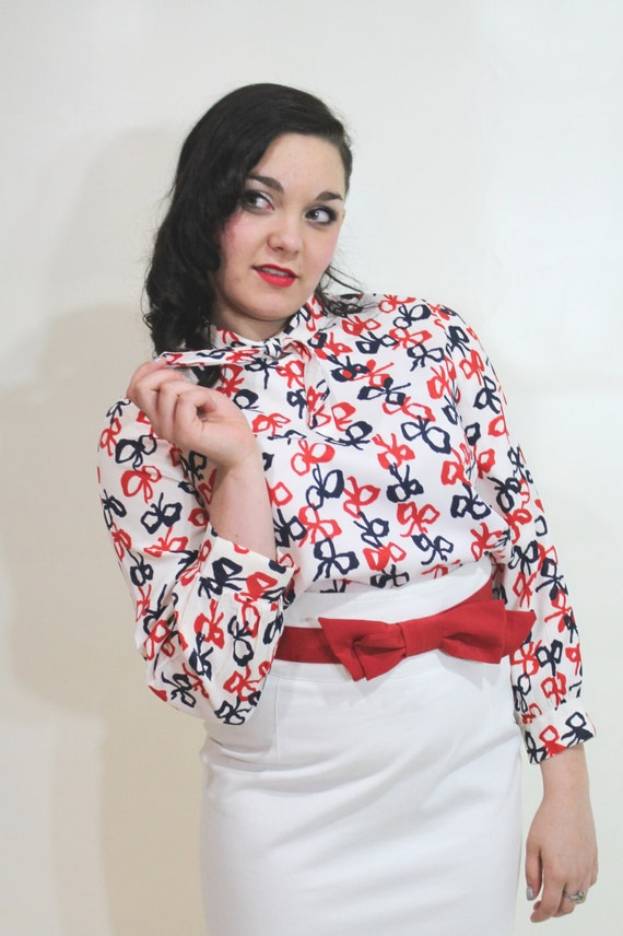 60s 1960s Secretary Blouse Ascot Top Medium M Vintage Novelty Bows Red White Blue Long Sleeve