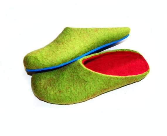 Items similar to best seller green and pink slippers for Minimalist house slippers