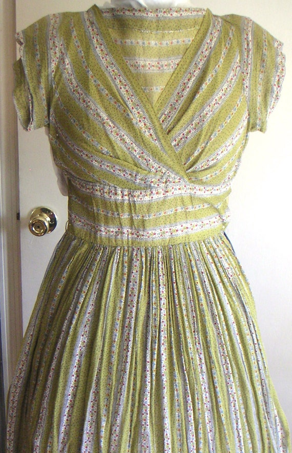 1950s shelf bust dress, cotton voile, with matching yellow slip: folkloric print, sheer cotton, pinup style