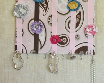 30% OFF- HAIR BOW Organizer, Bow Board- Hair Bow Organizer-Large Pink Paisley- 11x14 inches, 11 Large Hooks