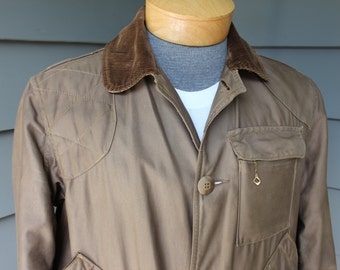 vintage 50's - 60's  -American Field- Men's Birding jacket w/ game pouch. Corduroy trimmed. Pockets galore. Medium 40 - 42