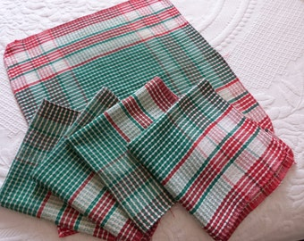 5 Vintage French table napkins green red check design table linens red checkered damask coton lustucru check napkins, vintage table linens