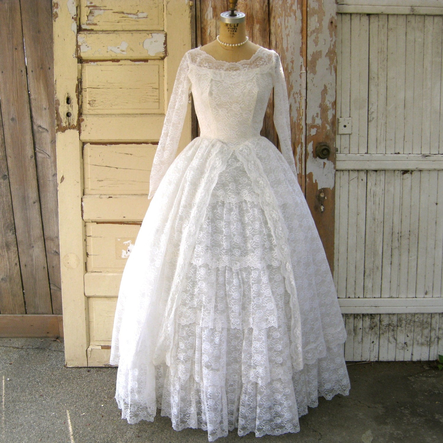 Vintage 1950s Wedding Dress SALE Lace and Tulle Gown with