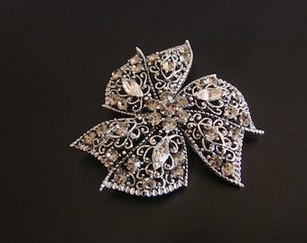 Large 50s Vintage Rhinestone Brooch / Ribbon Motif / Wedding Bridal / Smoky Topaz / Navette Stones / Vintage Jewelry / Jewellery