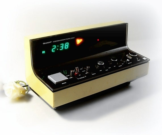 retro electronic digital clock radio yellow by thewhitepelican. Black Bedroom Furniture Sets. Home Design Ideas