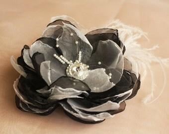 SALE! Bride Head Piece, Wedding Bride/Bridesmaid Black & White Flower Hair Accessory with a Silver-Toned Sparkly Brooch