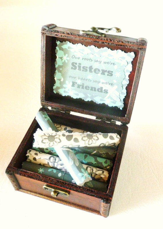 Sister Scroll Box, Sister Gift, Sister Quotes in Wood Chest, Sister Day, Sister Birthday, Sister Christmas, Sister Jewelry, Sister Necklace