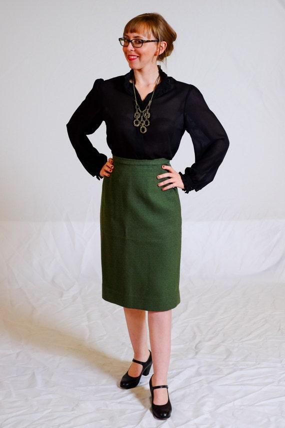 forest green pencil skirt 50s 60s wool by sweetjubileegirls