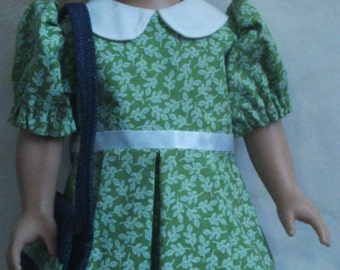 Green dress that fits 18 inch doll.