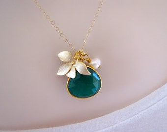 Emerald Necklace, Orchid Necklace, Mothers Necklace, Mom Necklace, Gold Necklace, Statement Necklace, Gift for Friend, May Birthstone,