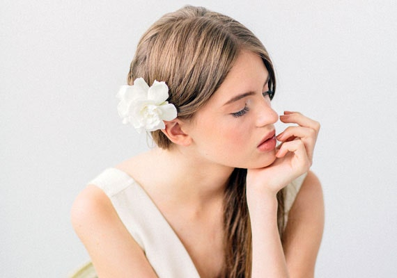 White floral hair accessory