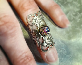Midi Ring -knuckle Ring- Antique silver tone with Gorgeous Dragon Scale Glass stone
