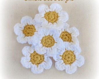 6 x Hand Crochet Daisy Flower Applique Motifs Clips scrapbooking