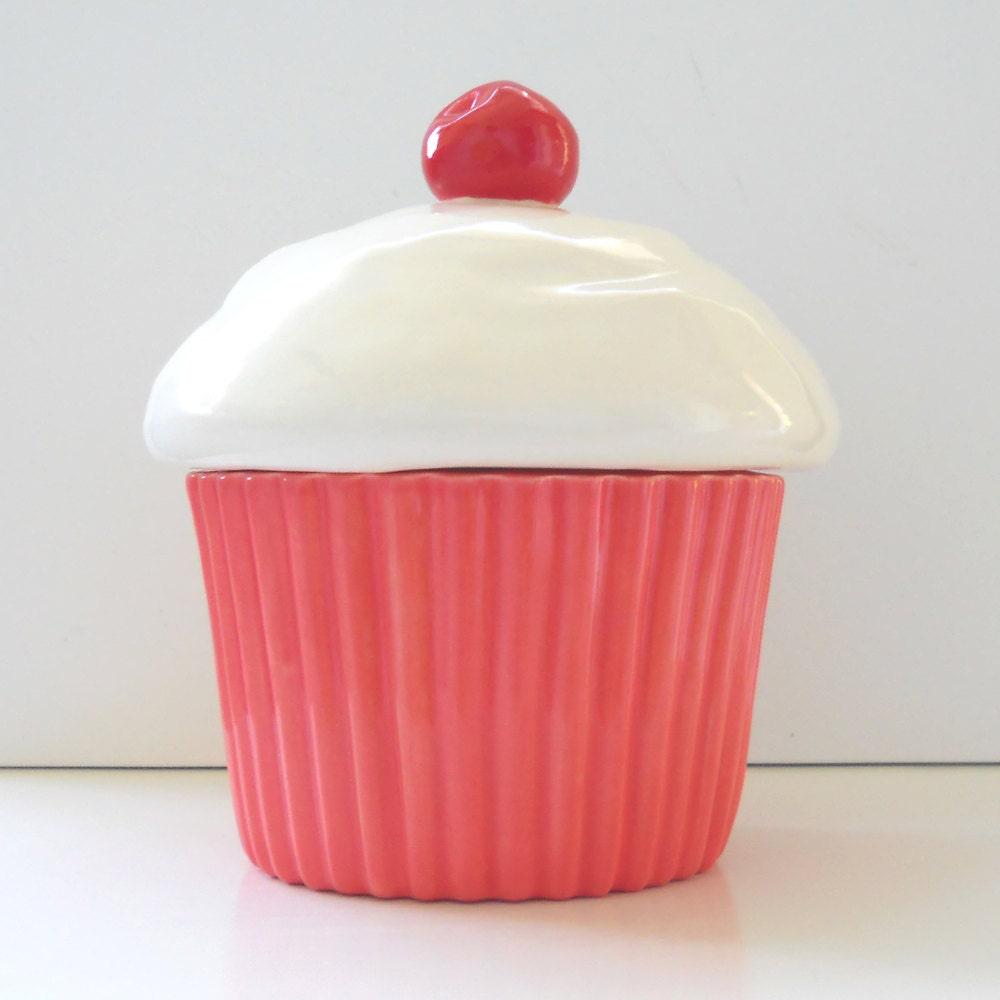 Cupcake Cookie Jar Ceramic Strawberry Coral Pink Vintage