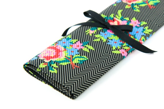 Large Knitting Needle Case Organizer - Twill Bouquet Black - 30 black pockets for straight, circular, double point needles or paint brushes