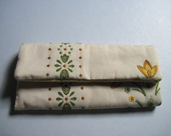 small purse/wallet