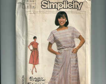 Vintage Simplicity Misses'  Pull-Over Dress Pattern 7444
