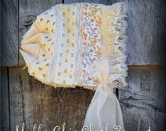 SALE Newborn Shabby Chic Bonnet BaBY GiRL PHoTO PRoP Natural Ivory Floral Fabric ViNTAGe PRARiE LOOK Cap RTS Cloth Summer Hat CoMiNG HoME