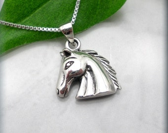Horse Necklace Horse Head Pendant Equestrian Western Jewelry Sterling Silver (SN771)