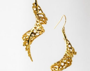 Spiral Earrings in gold-plated brass