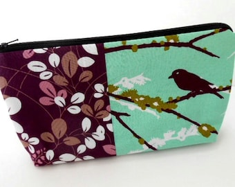 Sparrow Cosmetic Bag Large Flat bottom Zipper Pouch Padded Simple Plum with Sparrow
