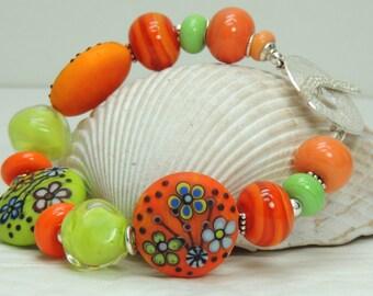 S A L E IN MY GARDEN Handmade Lampwork Bead Bracelet