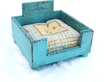 Small Dog Bed Shabby Cottage Cat Bed Wooden Raised Dog Bed Blue Custom