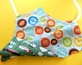 Kids Gift Under 30, Kids Apron, Kids Reversible Apron for Boys, Children's Apron for Cooking, Art and Craft, Airplanes, Yo yo