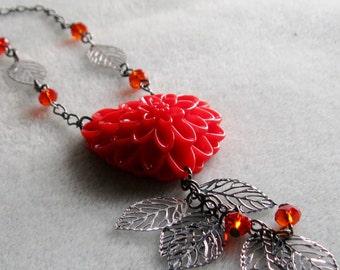 Red Heart Mum Flower Gunmetal Filigree Leaves Crystal Beaded Necklace