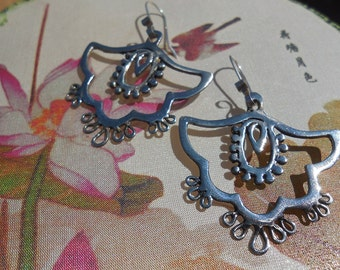 Bali Earrings in Sterling Silver